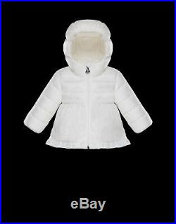 Authentic New with Tag White Moncler Ruffle Trim Puffer Jacket for baby. Unisex