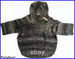 CELTIC CLOTHING M Handknitted baby alpaca-wool hooded poncho made in Peru