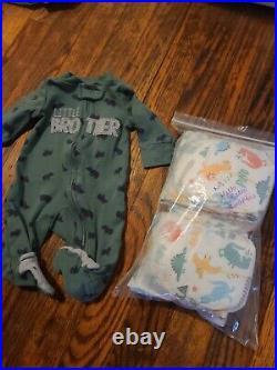 Huge lot of baby boys. Newborn infants winter clothes, pants onesies diapers NB